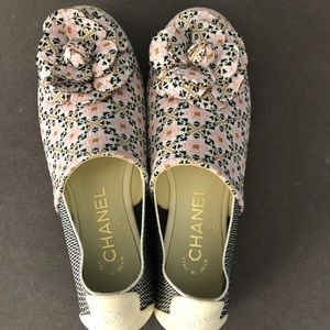 Chanel Ladies Shoes. SS round toe slip on.
